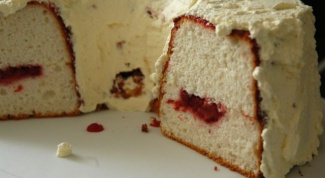 Как приготовить американский бисквит с клубникой