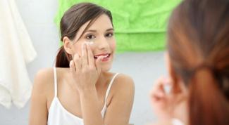 Уход за кожей вокруг глаз: маскировка, оперативные процедуры