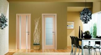 Двери для ванной и туалета. Как за ними ухаживать?