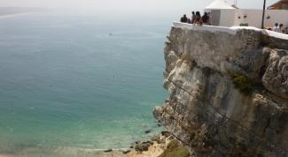 Пляжный отдых в Португалии: тонкости летнего отдыха