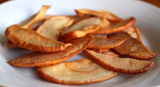 Вяленые яблоки: тонкости приготовления