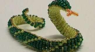 Как сделать змею из бисера