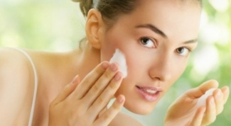 How to clean the face of calcium chloride