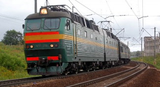 How much is a train ticket from Omsk to Novosibirsk