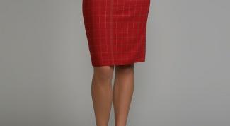 Как носить красную юбку прямого покроя