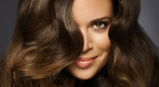 Can hair to change its natural color during growth