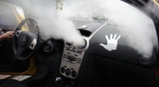 How to clean air conditioner in car