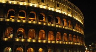 Почему Римский колизей построили всего за четыре года?