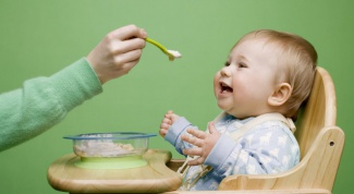 Чем кормить ребенка до года в 2017 году