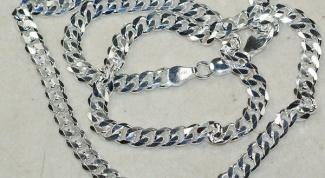 Почему темнеет серебряная цепочка