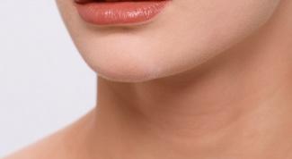 Ощущение кома в горле: причины и способы устранения