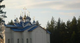 Sredneuralskaya convent - the abode of miracles
