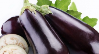 How to cook a simple meal of zucchini and eggplant