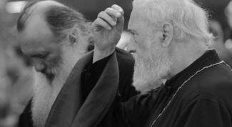 Почему нельзя креститься слева направо