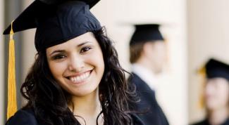 Почему девушки не хотят работать, имея образование
