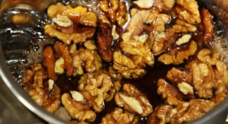 Walnuts with honey: what disease help