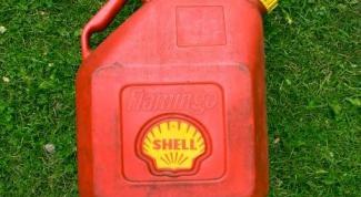 Куда девать отработанное масло с двигателя