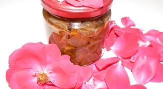 Как сварить варенье из розовых лепестков