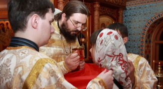 What prayers should be read before communion