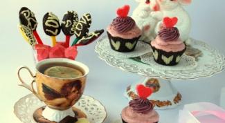 Романтические конфеты и корзиночки с ягодным кремом