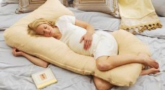 Как лучше спать при беременности: самые удобные и безопасные позы