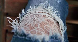 Мода 2014: джинсы с дырками