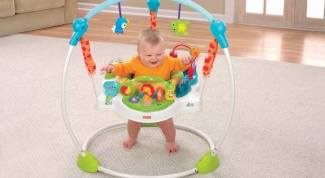 Jumpers for baby: pros and cons