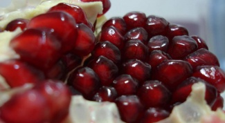 How to choose a pomegranate juice