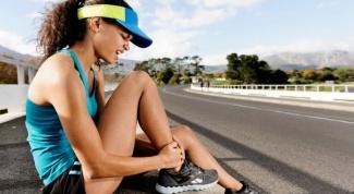Что делать, если сводит ногу