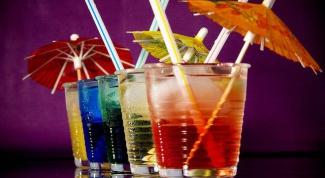 Как пить ликер