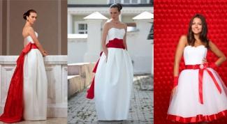 Свадебное платье с красной лентой