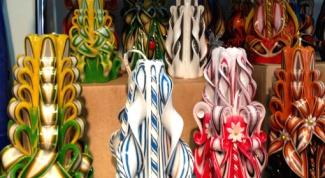 Многоцветные резные свечи