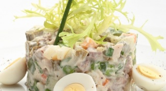 Recipes of salads with meat and fresh cucumbers
