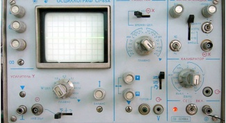 What is an oscilloscope and how does it apply