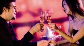 Какой подарок сделать девушке на годовщину отношений
