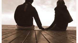 Как признаться парню в любви, если не уверена во взаимности