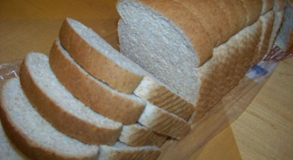 What can you do with dried bread