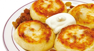 Пошаговый рецепт сырников классических с добавлением изюма