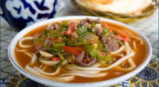 Уйгурский лагман: суп, который едят вилкой
