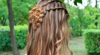 Вечерние прически  на длинные волосы своими руками