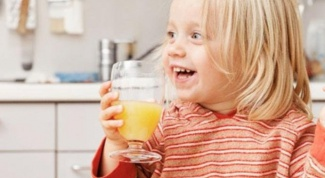 At what age can a child give the juice without diluting it with water