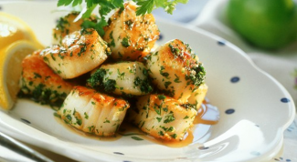 How to eat scallops