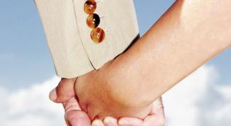 Какие есть приметы и суеверия про любовь