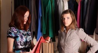 Модные тренды: легкие женские блузы