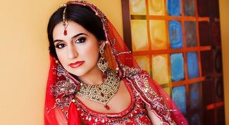 Индийский костюм – дань многовековым традициям