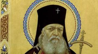 Мощи какого святого покоятся в Симферополе