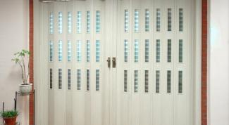 Насколько практичны межкомнатные двери гармошкой