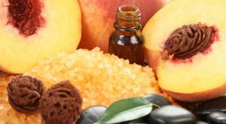 Как использовать персиковое масло для ногтей и кутикулы