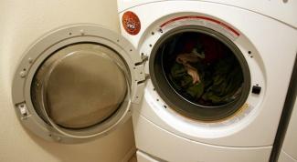 Запах из стиральной машины: причины появления и борьба с ним