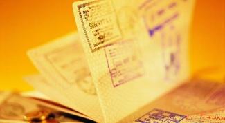 Почему в арабские страны женщинам трудно получить визу